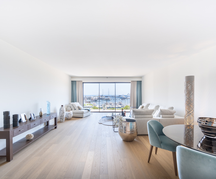 Must-see !!! Brand new 4 rooms apartment on the Port with fantastic view